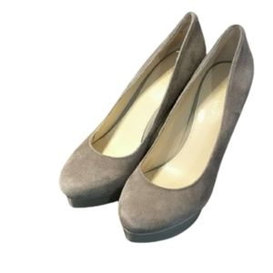 Enzo angelini taupe platform suede heels